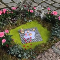 """Miniatyrhage, én av 20 installasjoner i Oslo sentrum i forbindelse med """"Bilfritt byliv"""". Kunde: Oslo Kommune Bymiljøetaten."""